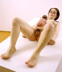 Ron Mueck, Mother and child